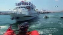 KIYI EMNİYETİ - Ege Denizinde Arızalanan Yunan Feribotu 168 Yolcusuyla Birlikte Kurtarıldı