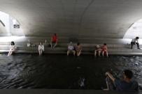 HAVA SICAKLIKLARI - Güney Kore'de Aşırı Sıcaklar  Açıklaması 14 Ölü