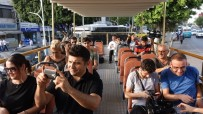 BELEDIYE OTOBÜSÜ - Mersin Sahillerinde 'Üstü Açık Otobüs' Seferleri Başladı