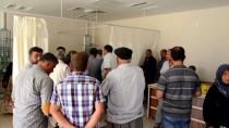 Şanlıurfa'da Minibüs İle Hafif Ticari Araç Çarpıştı Açıklaması 12 Yaralı