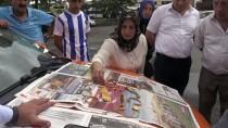 SABIKA KAYDI - Takside Unutulan Altınları Sahibine Teslim Etti