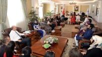 KıNA GECESI - Vali Azizoğlu'na 17 Farklı Ülkeden Öğrenci Ziyareti