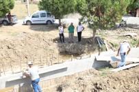 Burhaniye'de Altyapı Çalışmaları Sürüyor