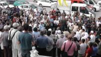 KARACAOĞLAN - Kulu'da 38 Kişilik Hacı Kafilesi Dualarla Uğurlandı