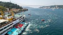 Osmangazili Yüzücü Boğazda Kulaç Attı
