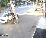 Otomobilden Telefon Ve Cüzdan Çalan Hırsız Yakalandı
