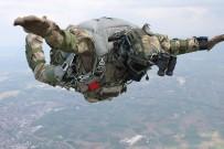 ÖZEL KUVVETLER KOMUTANLIĞI - Özel Kuvvetlere Paraşüt Eğitimi