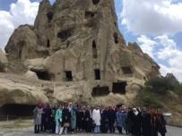 YERALTI ŞEHRİ - Pursaklarlı Hanımlar Kapadokya'yı Gezdi
