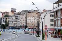 ELEKTRİK HATTI - Eyüpsultan'daki Vardar Bulvarı Yenilendi