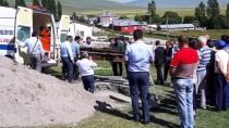 İşgalci Rus Subayın Cesedi Toprağa Verildi