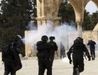 HAREM-İ ŞERİF - İsrail polisinden Mescid-İ Aksa'ya saldırı
