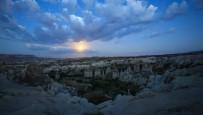 BİLİM MERKEZİ - Kapadokya'da Kanlı Ay Tutulması Başladı