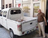 12 EYLÜL - Mudanya'da Kaldırımsız Cadde Ve Sokaklarda Vatandaşlar Dükkân Ve Evlerine Giremiyor