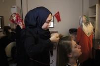 SAÇ KESİMİ - Savaştan Kaçan Suriyeli Kadınlar, Kuaför Olma Hayali Kuruyor