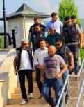 TEMİZLİK GÖREVLİSİ - Üniversite'nin Temizlik Ve Güvenlik Görevlisi Uyuşturucudan Tutuklandı