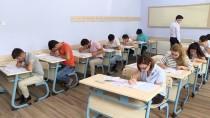 HAZıRLıK SıNıFı - Azerbaycan'da Türkçe Yeterlik Sınavı Yapıldı