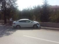 ZİNCİRLEME KAZA - Başkent'te Zincirleme Kaza Açıklaması 5 Yaralı