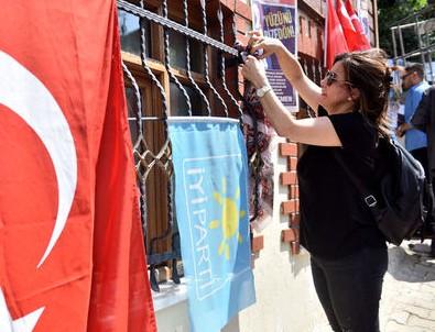 Meral Akşener'i ikna etmek için toplandılar