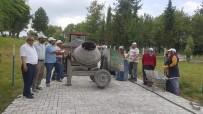 ORMANLı - Parke Çalışmalarını Kadınlar Yapıyor