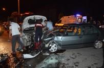 DİKKATSİZLİK - Tokat'ta İki Otomobil Çarpıştı Açıklaması 5 Yaralı