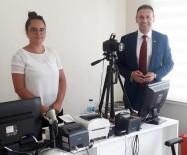 SCHENGEN - Ayvalık'ta, Yunanistan İçin Vize Başvuruları Tüm Hızıyla Sürüyor