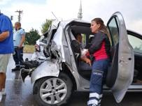 Balıkesir'de Korkutan Kaza Açıklaması 1'İ Ağır 3 Yaralı
