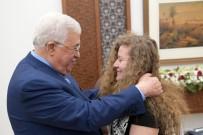 AHED TAMİMİ - Serbest Kalan Filistin'in Cesur Kızı Tamimi, Mahmud Abbas İle Görüştü