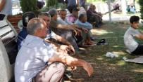 MEHMET YıLDıRıM - Sıcaklıklar Arttı, Vatandaşlar Parklarda Serinlemeye Çalıştı