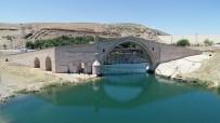 MALABADI KÖPRÜSÜ - Tarihin Eskitemediği Köprü Açıklaması Malabadi