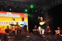 HAŞHAŞ - Ünlü Şarkıcı Onur Akın Dazkırı'da Konser Verdi