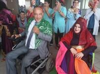 KıNA GECESI - Yozgat'ta Bedensel Engelli Çift Dünya Evine Girdi