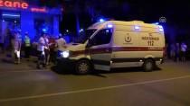 Adana'da Otomobil Kaldırımdaki Ağaca Çarptı Açıklaması 1 Yaralı