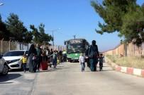 İÇ SAVAŞ - Bayramı Ülkelerinde Geçiren 16 Bin Suriyeli Türkiye'ye Döndü