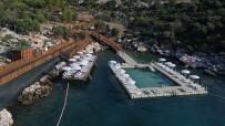TURUNÇOVA - Finike Altuncan Hatun Kadınlar Plajı Açıldı