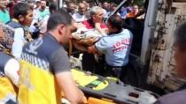 Kamyonette Sıkışan Kadın İle Bebeği AFAD Ekiplerince Kurtarıldı