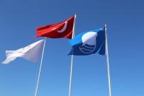 Ören Plajı'nda Mavi Bayrak Dalgalanmaya Devam Ediyor