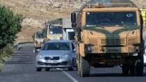 ASKERİ KONVOY - Onlarca askeri araç sınıra sevk ediliyor