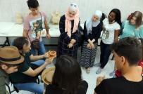 TÜRKOLOJI - 14 Farklı Ülkeden Gelen 23 Öğrenciye Türk El Sanatları Tanıtımı