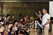 PERKÜSYON - Başkan Uysal, Genç Müzisyenlerle
