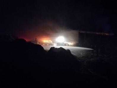 Besi Yangınında 400 Ton Saman Yandı