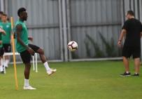 Bursaspor'un Yeni Transferi İlk Antrenmanına Çıktı