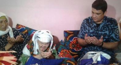Dünyanın Biyometrik Pasaporta Sahip En Yaşlı İnsanı Özbekistan'da