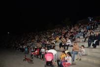 METİN KEÇECİ - Festivalin 2'Nci Gününde 'İyi Ki Doğdun Abla' İzleyicilerle Buluştu