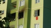 ZEYTINLI - Gaziantep'te Apartmanda Çıkan Yangın Korkuttu