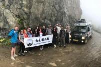 KONURSU - Gümüşhaneli Dağcılar Dünyanın En Tehlikeli Yolunda