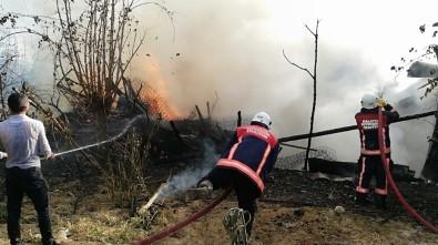 Hurdalıkta Çıkan Yangın Evlere Sıçradı