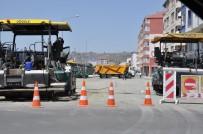 HÜSEYIN ATAK - Karayolları Kars'ın Şehir İçi Bağlantı Yollarını Da Sıcak Asflat Yapıyor
