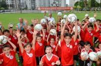 MUSTAFA ÇETİNKAYA - Muratpaşa'nın Genç Yetenekleri Sahaya Çıkıyor
