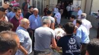 AHMET TURGUT - Otomobil Şarampole Uçtu Açıklaması 1 Ölü, 3 Yaralı