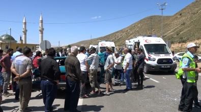 Para Nakil Aracı Otomobille Çarpıştı Açıklaması 1 Yaralı